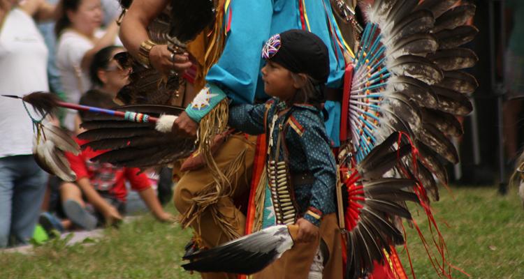 پاو واو -PowWow، جشن بزرگ بومیان مونترال به مناسبت فصل گرما