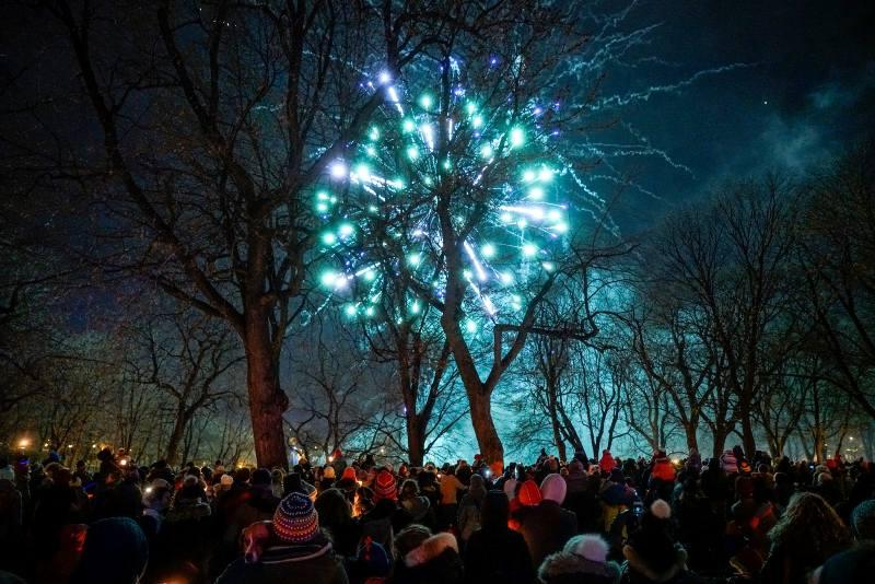 Marche de Noel aux flambeaux (راهپیمایی کریسمسی مشعلداران مونترال)