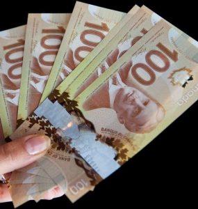 کبکیها نسبت به بقیه کانادا کمترین مقدار پول را برای دوران بازنشستگی خود پسانداز میکنند / DARIO AYALA / MONTREAL GAZETTE FILES