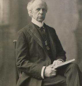 سِر هنری چارلز ویلفرد لوریه (Sir Henri Charles Wilfrid Laurier) هفتمین نخستوزیر کانادا و اولین نخستوزیر فرانسویزبان کشور