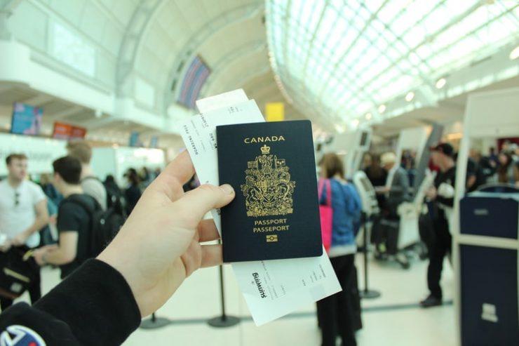 بهبود جایگاه گذرنامه کانادایی