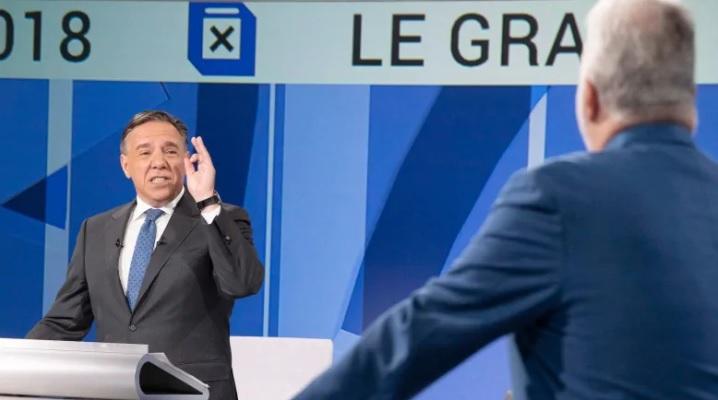 فرانسوآ لوگو، نفر سمت چپ، از فرصت مناظره بیشترین استفاده را برای حمله به فیلیپ کویارد، رهبر حزب لیبرال و نخست وزیر فعلی استان کرد / Photo: Paul Chiasson/Canadian Press