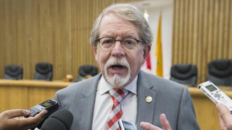 ویلیام استینبرگ، شهردار هامپستید / Photo: The Canadian Press / Graham Hughes